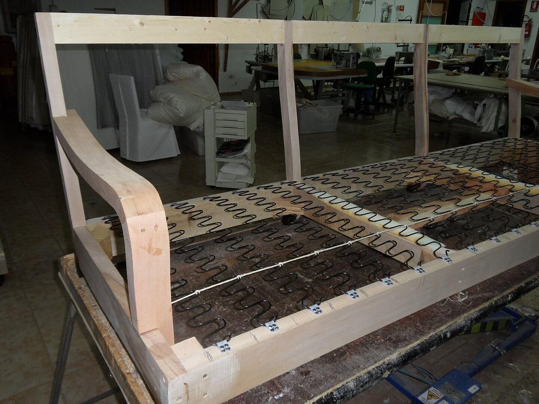 fasi-lavorazione-divano (1)