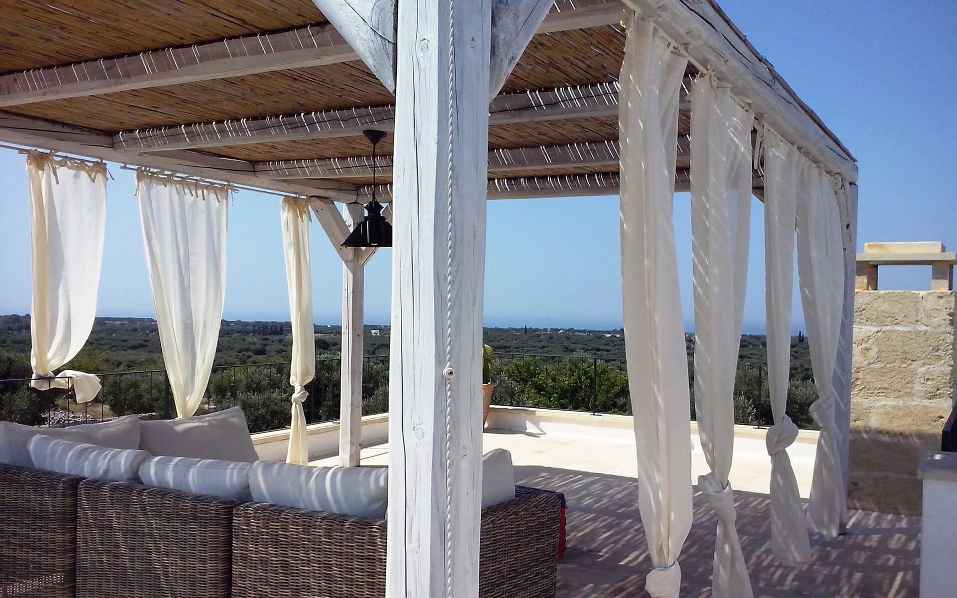 gazebo e tendaggi villa privata
