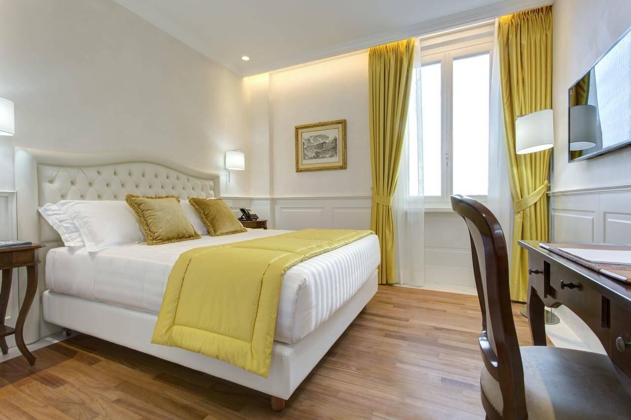 tendaggi e letti hotel-roma2